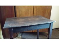 CUTE OLD VINTAGE WRITING DESK / TABLE