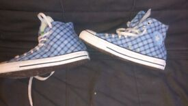 ALL STAR CONVERSE AMAZING CONDITION ONLY 9£!!!!!!! SIZE 7,5