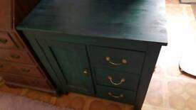 Chest of drawers green