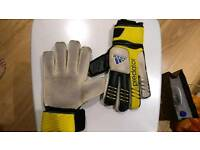 Adidas Goalkeeper Gloves S7