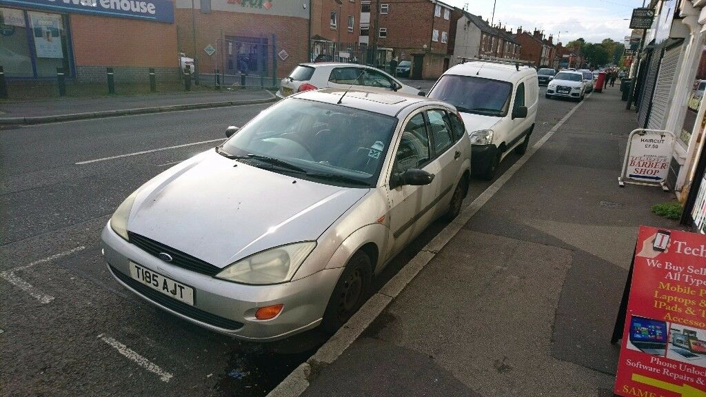 Ford Focus Hatchback 1999 with 3 months MOT remaining. Spare or Repairs. NO OFFERS.