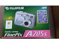 FujiFilm Finepix A205S 2mp Digital Camera with 3x lens zoom