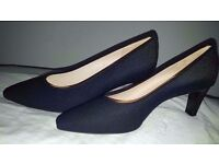 Ladies Shoes NEW Peter Kaiser Black Size 6 with shoe bag