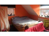 3 bed with separate dinning room in Winchester looking for Nottingham are as part of 3 way