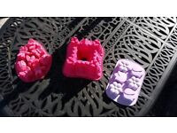 3 SILICONE CAKE MOULDS
