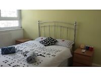 Double bedroom available in 4 bedroom Flat in Battersea