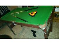 4 to 5 ft pool and snooker table.
