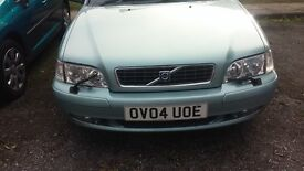 Selling my Volvo S 40 Automatic.