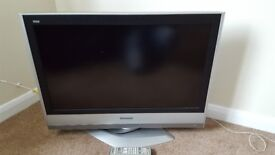"""32""""Panasonic tv to sell in good condition"""
