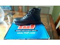 New Safety Boots size 7