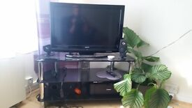 "32"" SANYO TV and TV Table"