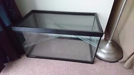 2ft x 1ft glass tank for small rodents