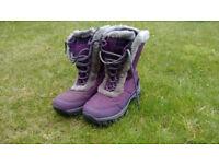 Kids Purple Snow Boots (size2)