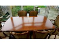 Younger over 20y old table with chairs