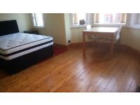 CHEAP Modern/Traditional Rooms to LET / FAST BroadBand/ Medium Term Lets considered.