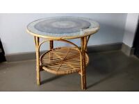 Retro Style Circular Shaped Wicker + Glass Coffee Table + Concentric Circles Feather Pattern Top
