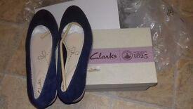 Clarks size 3