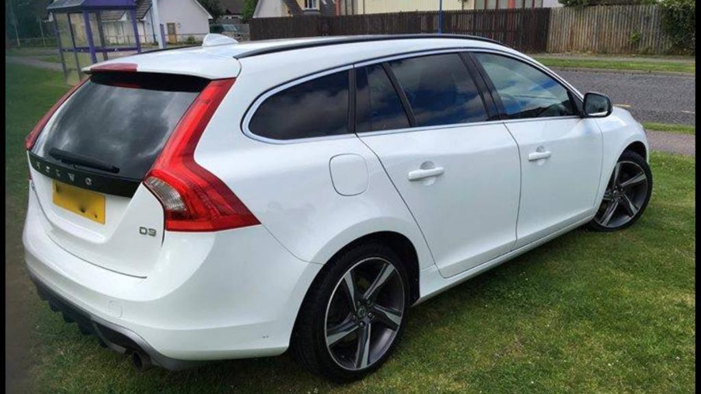 2011 volvo v60 d3 r design 2 0 diesel 168bhp in elgin moray gumtree. Black Bedroom Furniture Sets. Home Design Ideas