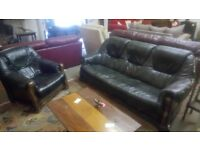 Dark green leather sofa & chair, good condition. CHEAP local DELIVERY SK15 3DN.