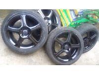 15 inch 5 spoke stylish gloss black alloys with good tyres 4 stud 4 × 100. Corsa Astra ( 4stud )