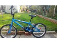 Childs bike ages 8 to 13 approx