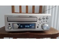 Denon mini CD-Receiver UD-31 with Denon speakers for sale - excellent condition
