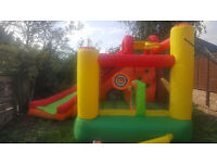 Bouncy Castel and bubble machine to hire