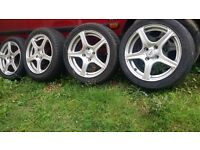 15 inch fox racing Alloys with tyres. 4 stud 4 × 100. Corsa Astra ( 4stud ) Polo Lupo yaris corrola