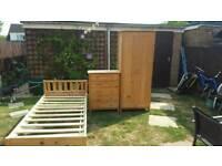 Full Bedroom pine set