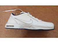 Brand New Nike Air Cushion Trainers Size 9