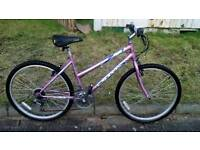 A very nice teens or ladies bike for sale