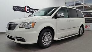 2011 Chrysler Town & Country LIMITED + NAVIGATION + DVD + TOIT O