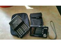 Digital camera and battery charger
