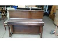 Free piano case