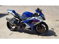 Suzuki gsxr 1000 k7 for sale only 11,000 miles