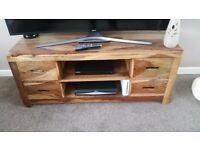Solid indian oak tv unit and barrell in fab condition