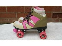 Skates in good used condition fully working! Size 5 can deliver or post!