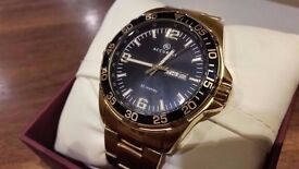 Mens Accurist Gold Tone Watch MB1044B / Like New & Boxed.