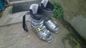Women's Salomon X Wave 7.0 ski boots