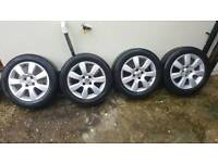 4 nut 16 inch alloy wheels good condition, Astra