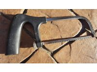 HACKSAW WITH VERY COMFORTABLE HANDLE.