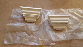 2 plaster corbels