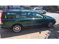 Volvo V70 02 plate. Spares or repairs.