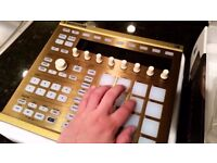 MASCHINE MK2 Limited Gold Edition - Mint Conditon - Make Music With Style!