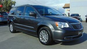 2016 Chrysler Town & Country TOURING - LEATHER - TOW GROUP - 9,0