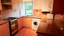 2 bedroom flat, ground floor, furnished, available now