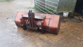 Tractor tipping box SOLD