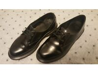 NEW Dr. Martens Kensington Brook 2 Eye Shoe Black, Size 6