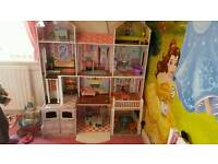 Extra large dolls house