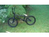Custom bmx worth £650 *other parts*